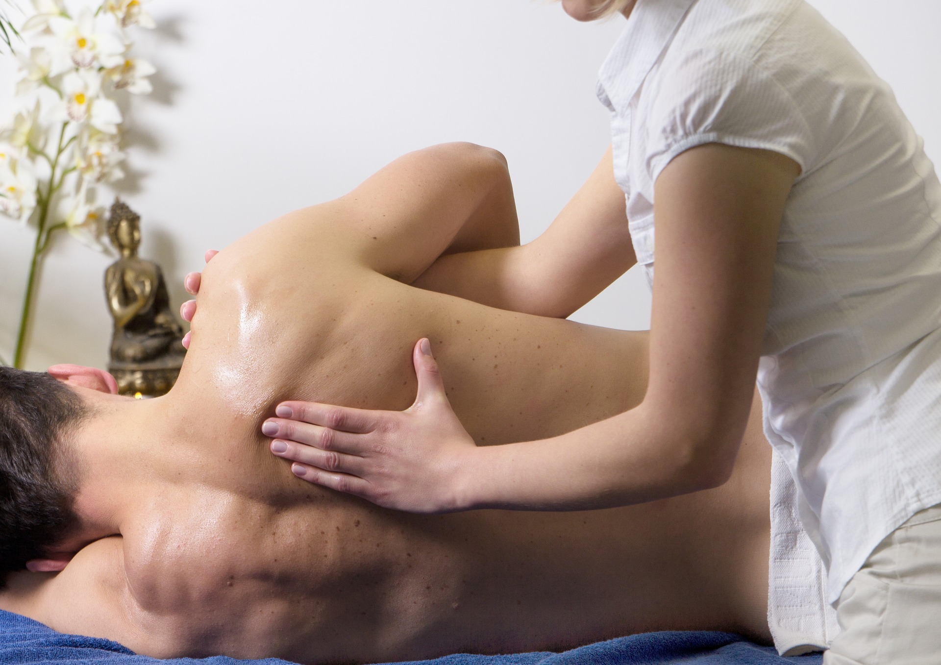 Massage Scheduling Software: 5 Things to Look for in a Provider